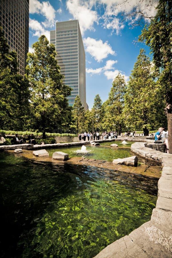Parque do jubileu no cais amarelo, zonas das docas, Londres imagens de stock
