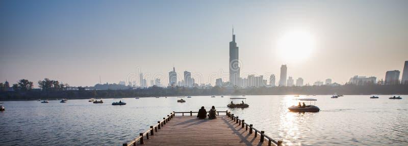 Parque do lago Nanjing Xuanwu foto de stock royalty free