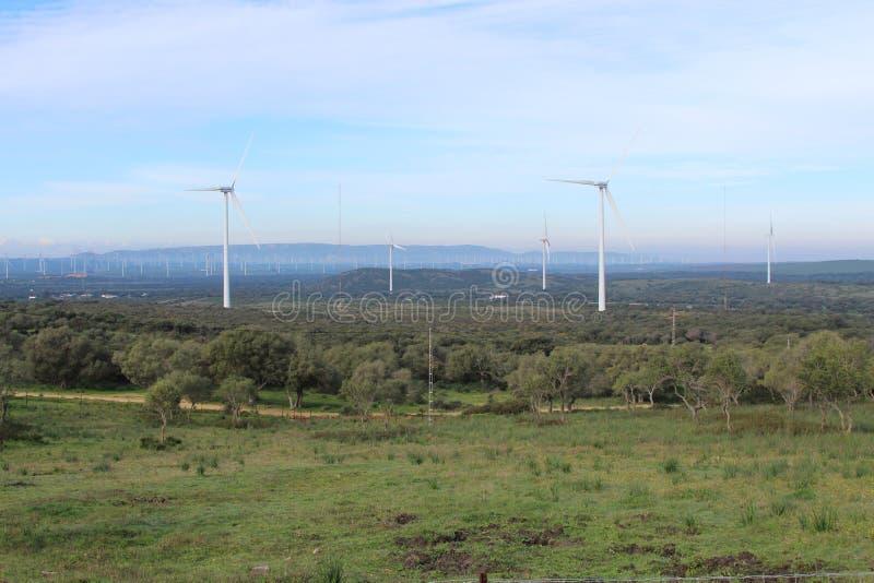 Parque eólico Fascinas, Andalucía, España imagen de archivo libre de regalías