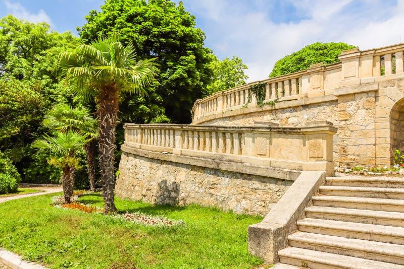 Parque e palácio Evxinograd ou Evksinograd Varna, Bulg?ria fotos de stock