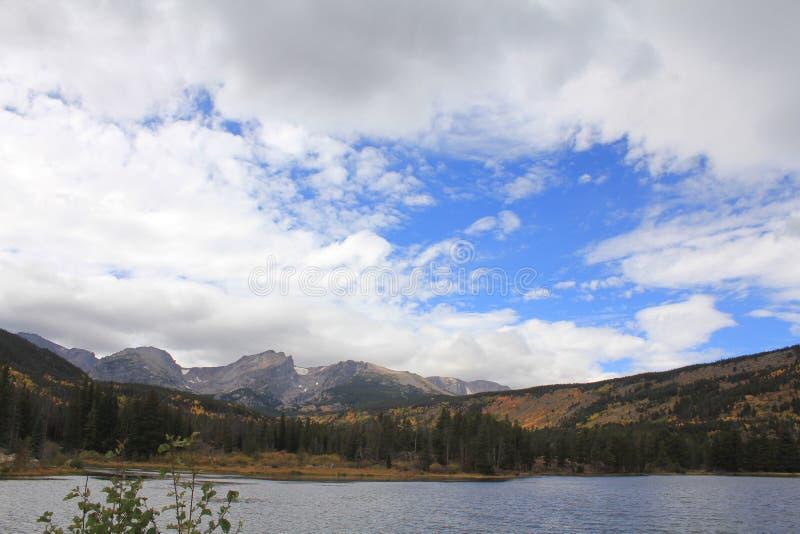 Parque Estes com vista ao Monte Keeper em outono foto de stock royalty free