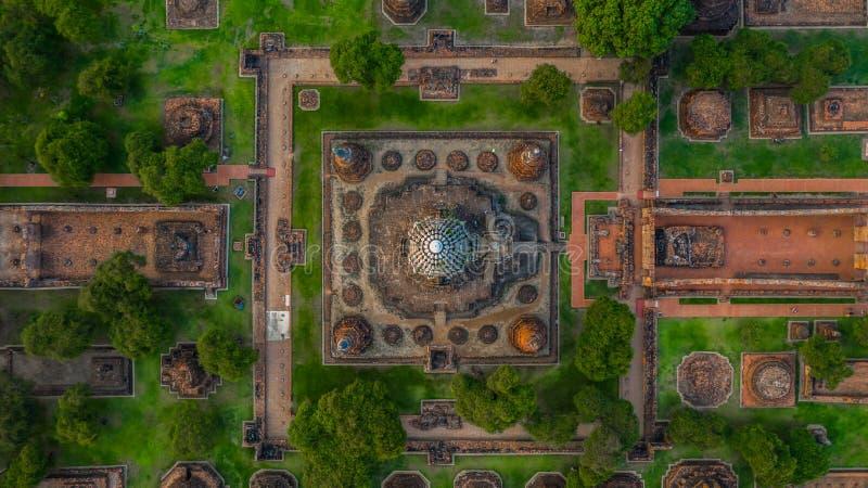 Parque histórico de Ayutthaya, si Ayutthaya de Phra Nakhon, Ayutthaya, Tailândia, vista de cima de imagem de stock royalty free