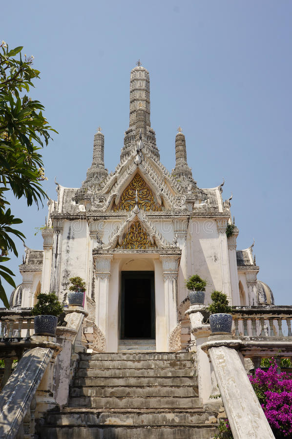 PARQUE HISTÓRICO del NA KHON KHI RI de PHRA (Khao Wang), Amphoe Muang imagen de archivo libre de regalías