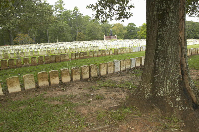 Parque nacional Andersonville ou acampamento Sumter, um local histórico nacional em Geórgia, local da prisão confederada e do cem imagens de stock