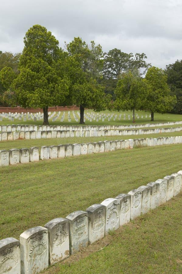 Parque nacional Andersonville ou acampamento Sumter, um local histórico nacional em Geórgia, local da prisão confederada e do cem fotos de stock