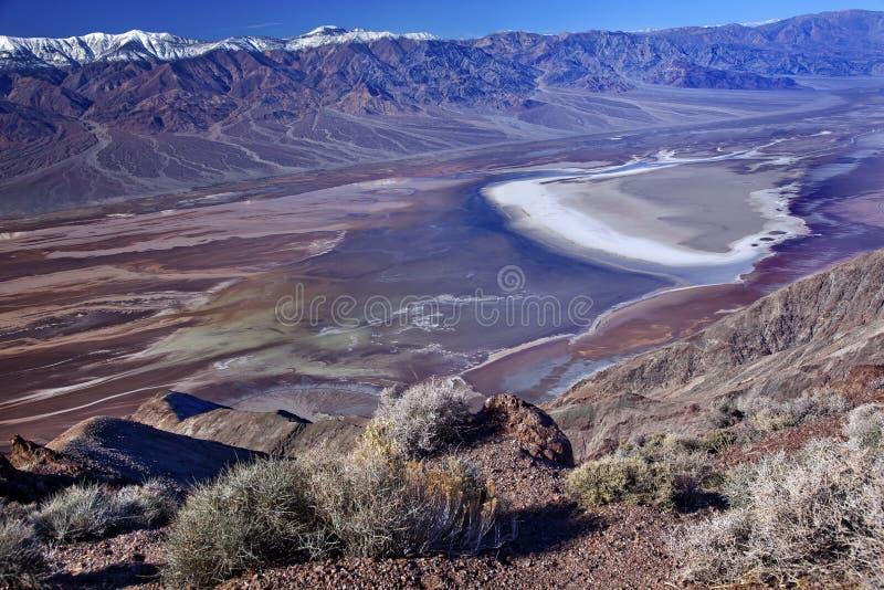 Parque nacional de Death Valley de la opinión de Badwater Dante imagen de archivo libre de regalías