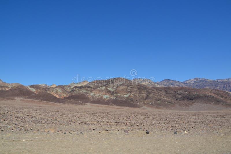 Parque nacional de Death Valley y camino de Death Valley foto de archivo