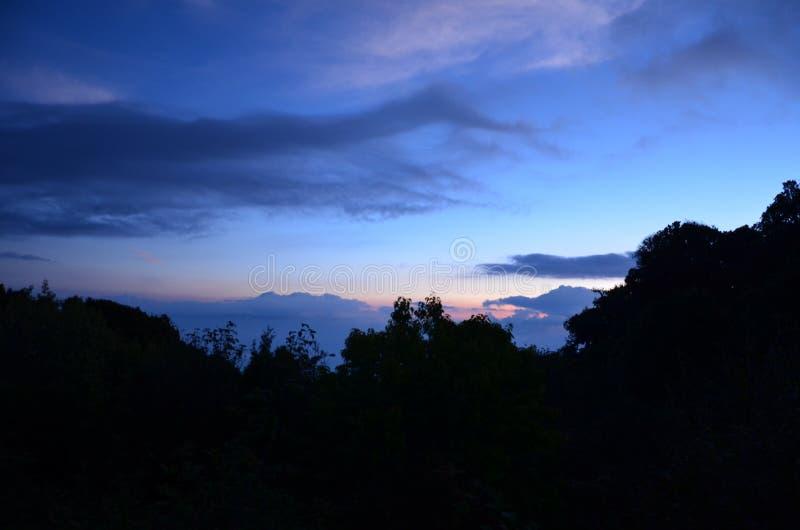 Parque nacional de Doi Inthanon por la mañana imagen de archivo