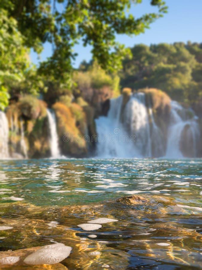 Parque nacional de Krka, paisaje hermoso de la naturaleza, vista del buk de Skradinski de la cascada, Croacia imágenes de archivo libres de regalías