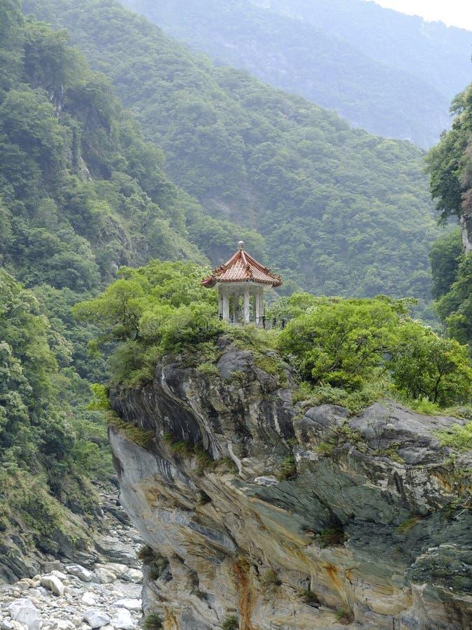 Download Parque Nacional De La Garganta De Taroko Imagen de archivo - Imagen de rocoso, paisaje: 42446339