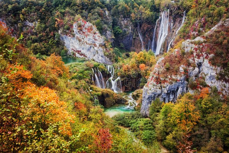 Parque nacional de los lagos Plitvice en Croatia imagenes de archivo