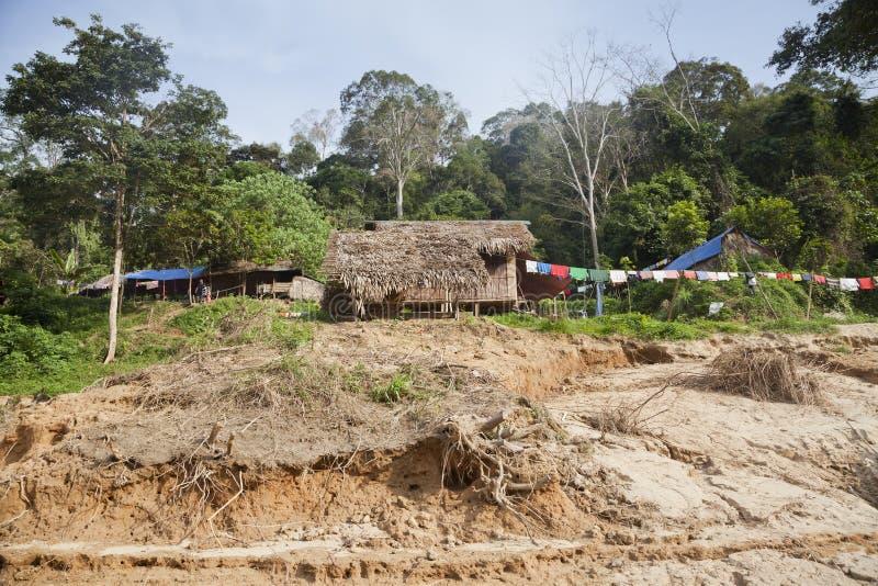 Parque nacional de Taman Negara, cabanas locais dos povos fotos de stock royalty free
