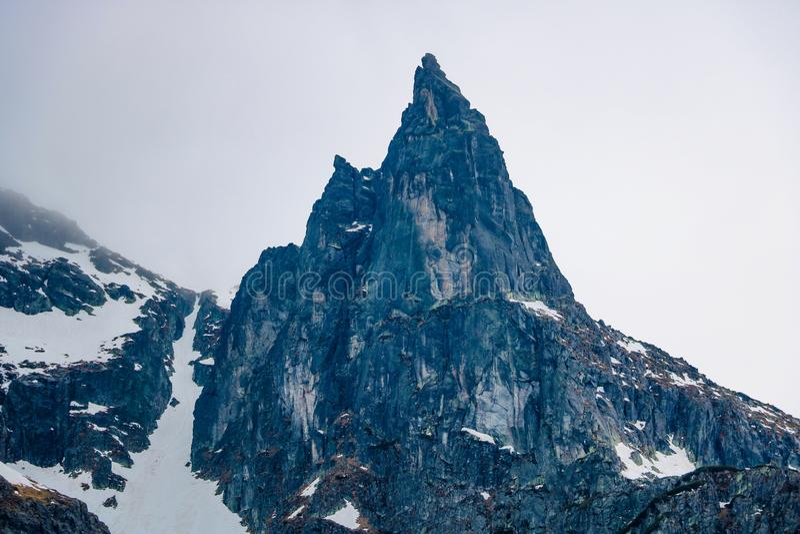 Parque nacional de Tatra, Polonia Lago famoso Morskie Oko mountains o lago eye del mar por ma?ana del verano Visi?n esc?nica herm imagen de archivo