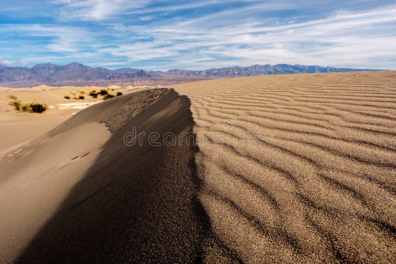 Parque nacional de Vale da Morte, dunas do Mesquite fotos de stock