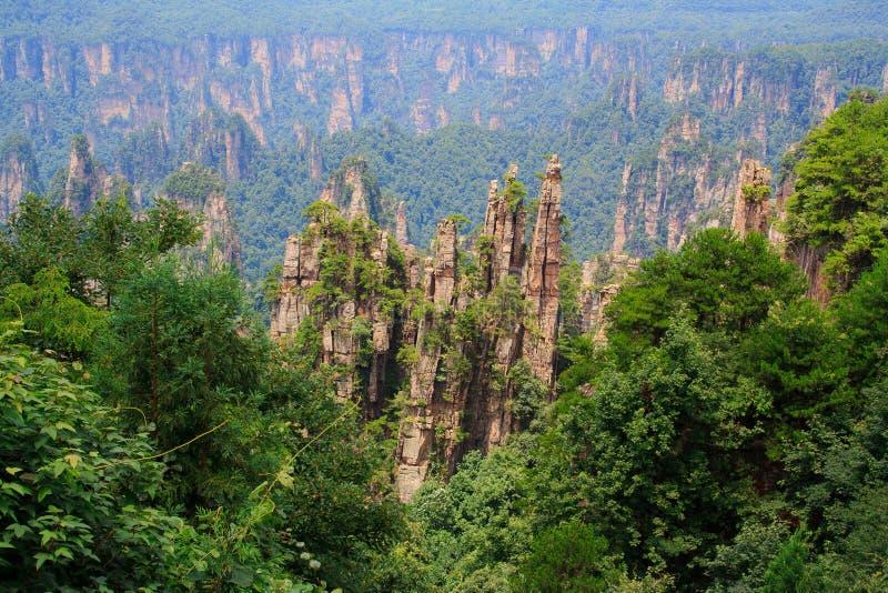 Parque nacional de Zhangjiajie, montañas de Avatar imagenes de archivo