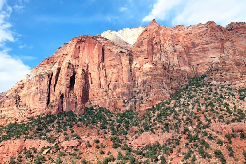 Download Parque Nacional De Zion Da Montagem Foto de Stock - Imagem de geografia, outdoor: 16864810