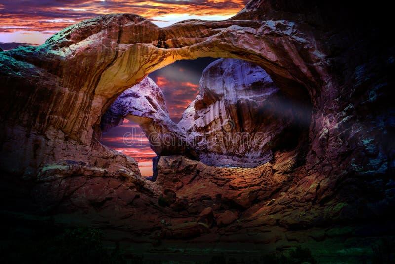 Parque nacional dos arcos em Utá, por do sol vermelho do arco da rocha imagem de stock royalty free