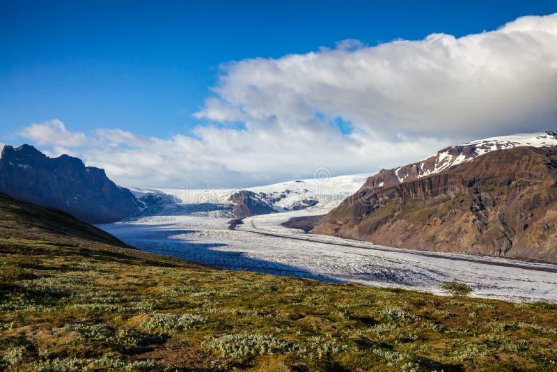 Parque nacional Islandia del este Escandinavia de Vatnajokull de la área silvestre de Skaftafell del glaciar de Skaftafellsjokull fotos de archivo libres de regalías