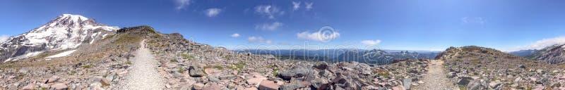 Parque nacional mais chuvoso da montagem, Washington Vista panorâmica no summe fotos de stock royalty free
