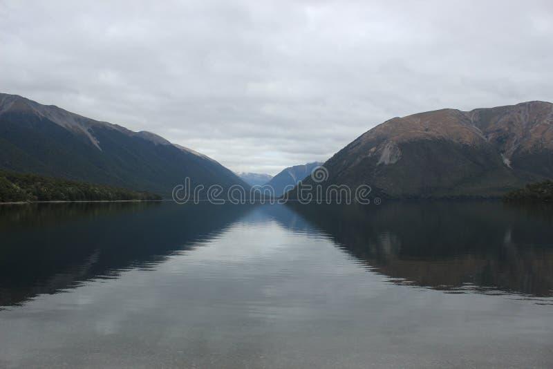 Parque nacional Nova Zelândia do lago dos lagos Nelson fotografia de stock