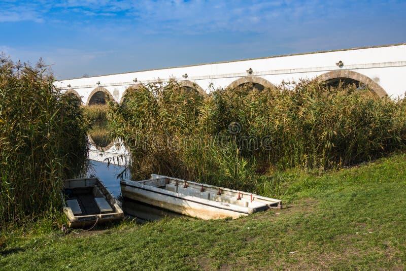 parque nacional Nueve-agujereado Hungría de Hortobagy del puente imágenes de archivo libres de regalías