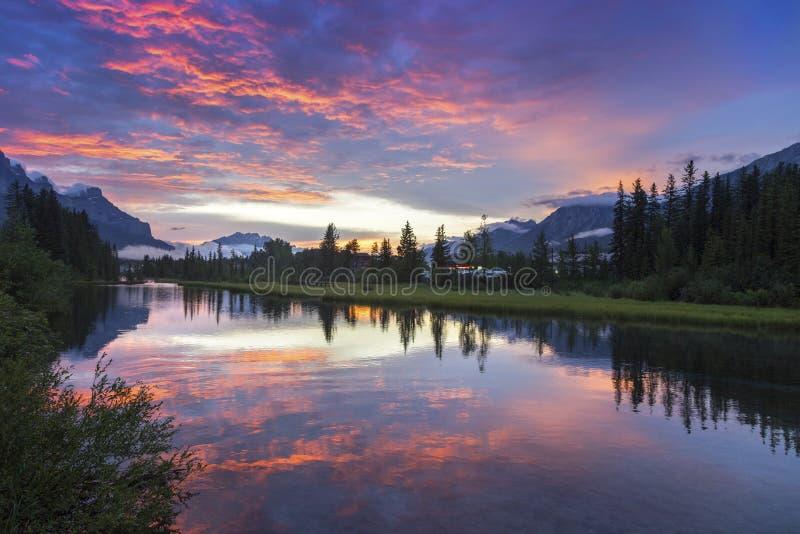 Parque nacional Rocky Mountain Sunset de Banff foto de stock