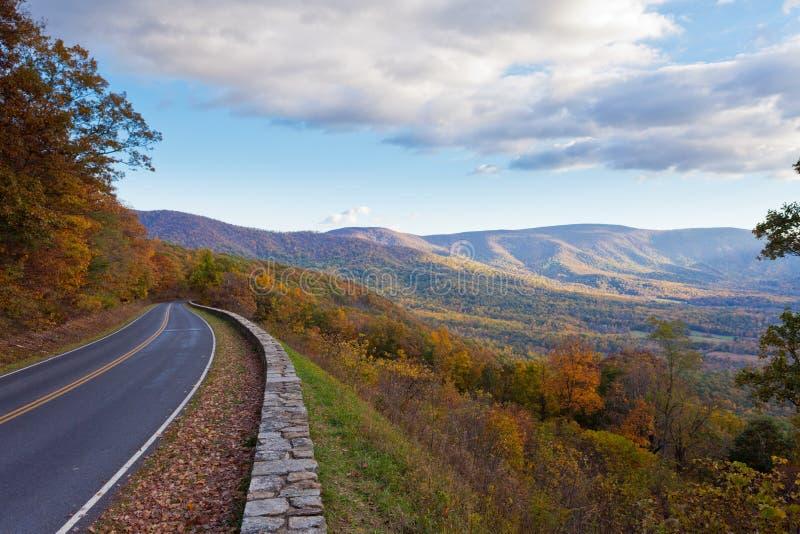 Parque nacional Virgínia E.U. de Shenandoah da movimentação de Skyland imagens de stock