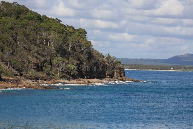 Parque nacional y costa costa en Noosa imagenes de archivo