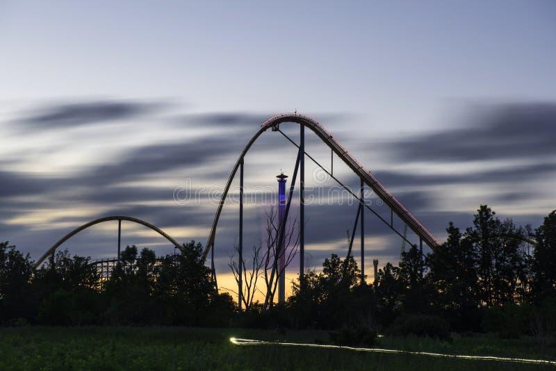 Parque no crepúsculo foto de stock royalty free