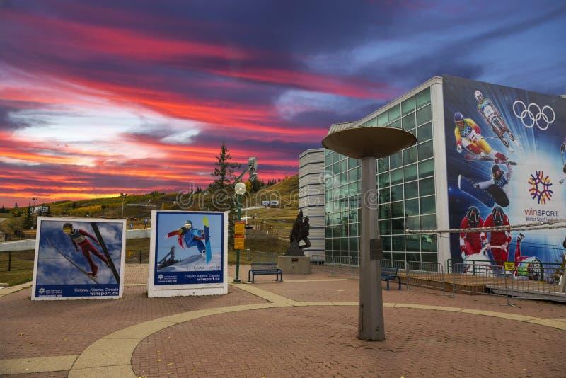 Parque olímpico Calgary Alberta de Canadá de la caldera del fuego de los juegos del invierno foto de archivo