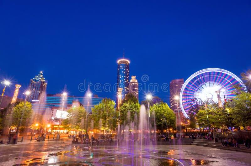 Parque olímpico centenário em Atlanta durante a hora azul após o por do sol fotografia de stock royalty free