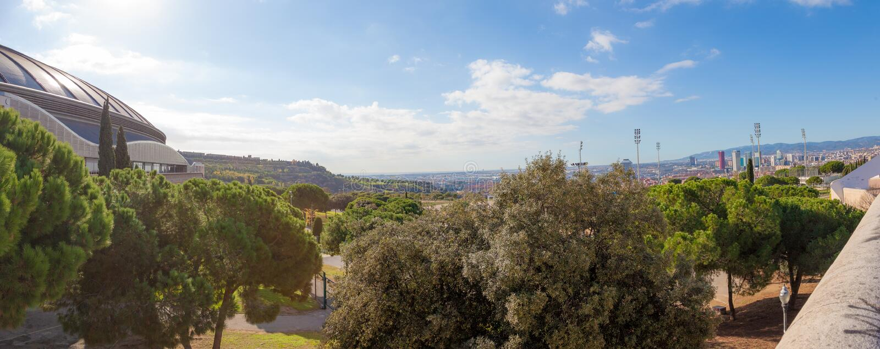 Parque olímpico de Barcelona em Montjuic, Espanha foto de stock
