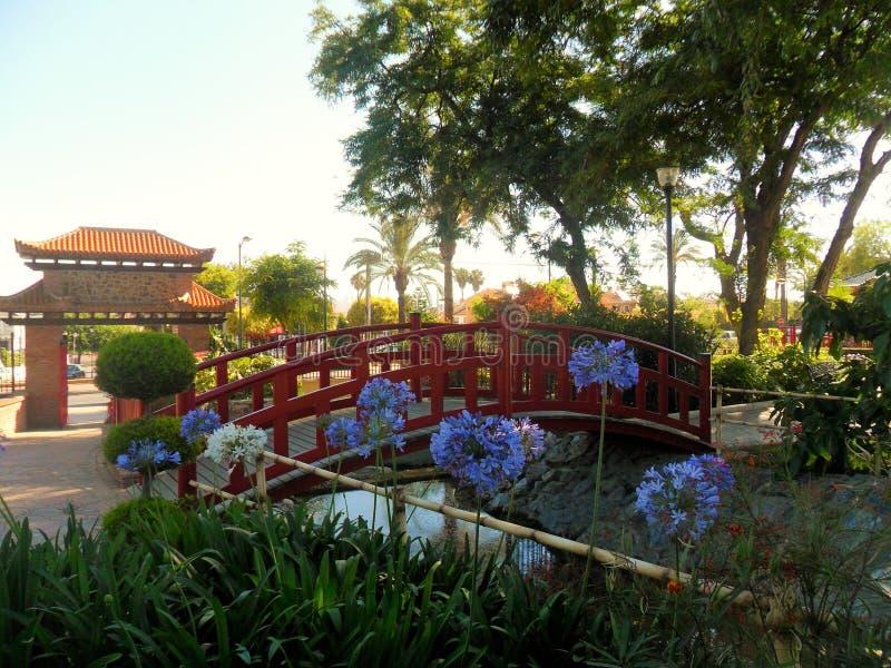 Parque oriental en el la Torre-Andalucía-España de Alhaurin de fotos de archivo libres de regalías