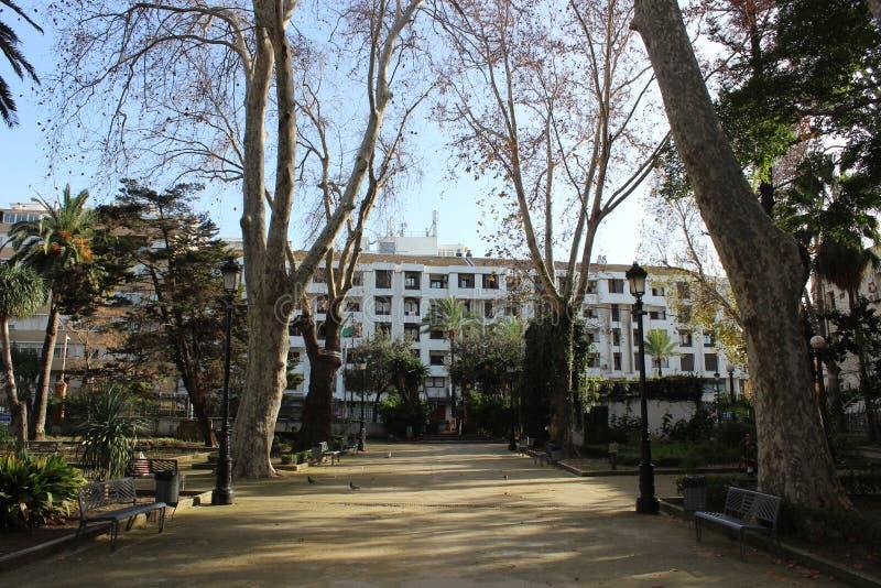 Parque público en Algeciras imagenes de archivo