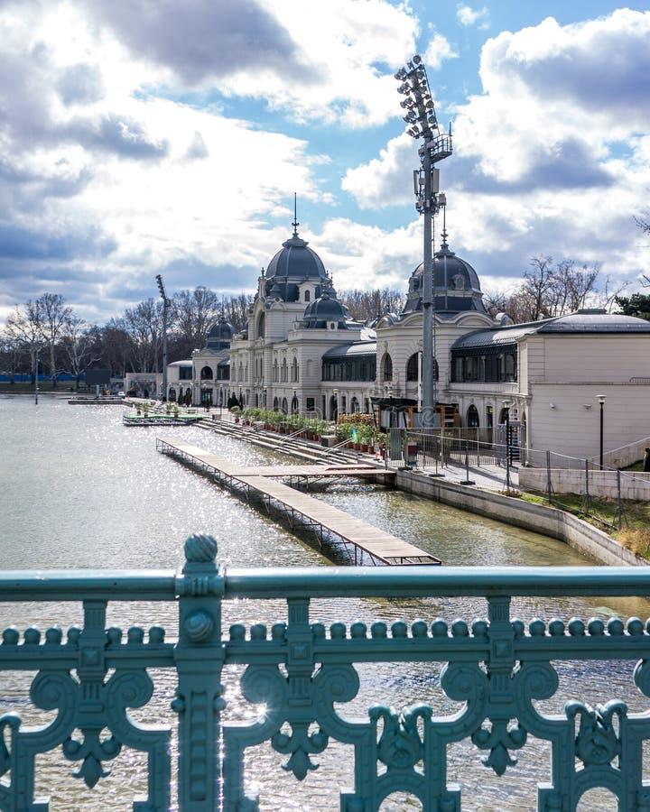 Parque principal de la ciudad en Budapest, Hungría foto de archivo libre de regalías