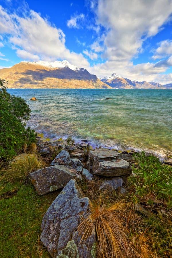 Parque Queenstown Nueva Zelanda de Wakatipu del lago imagen de archivo libre de regalías