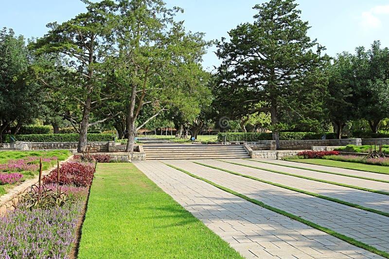 Parque Ramat Hanadiv, jardins memoráveis de Baron Edmond de Rothschild fotos de stock royalty free