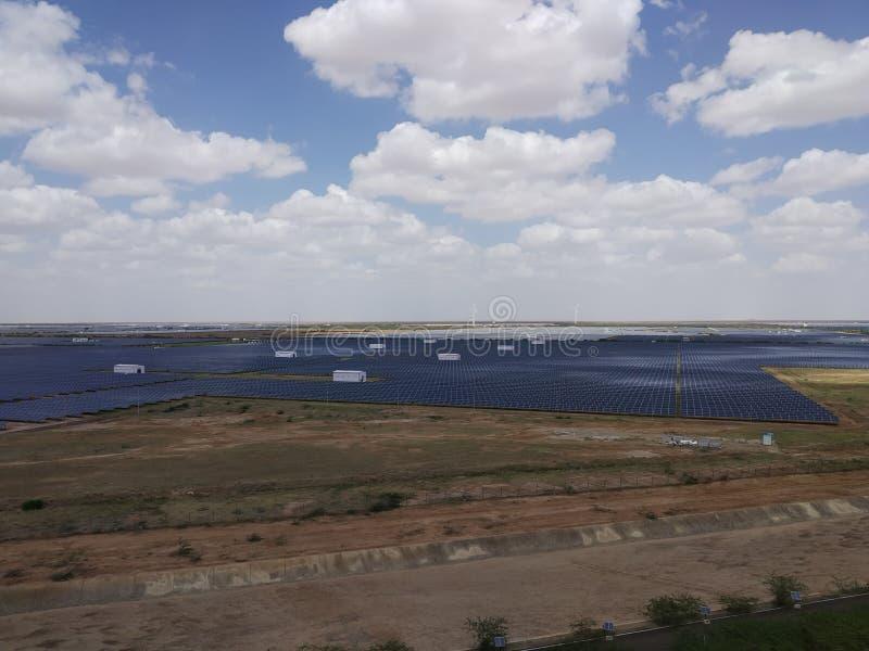 Parque solar imagenes de archivo