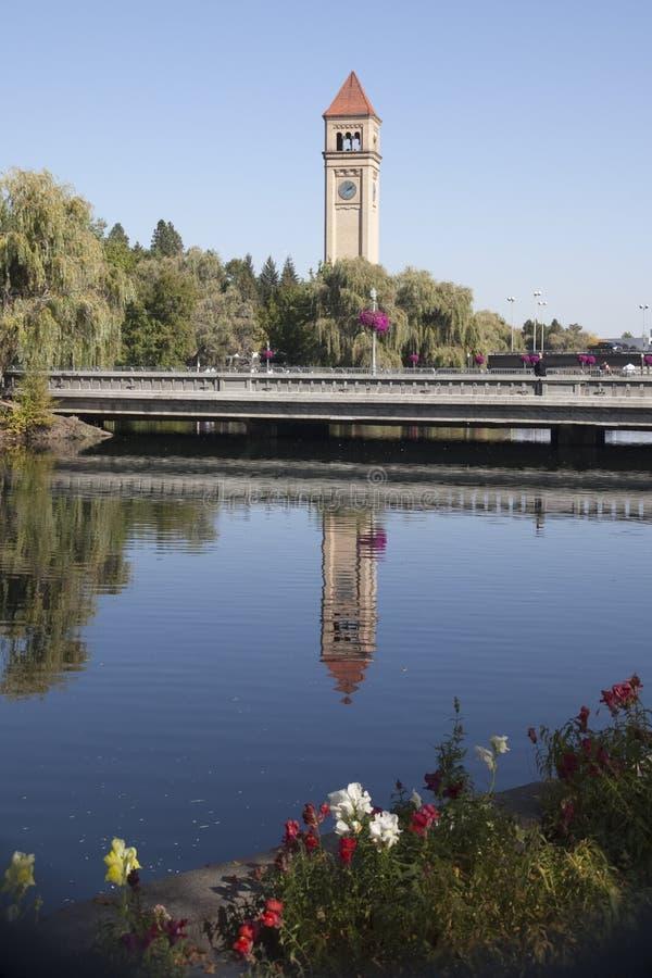 Parque Spokane Washington de la orilla del río imagenes de archivo