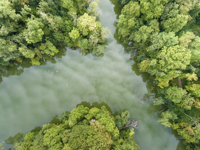 Parque y lago en Draveil foto de archivo libre de regalías