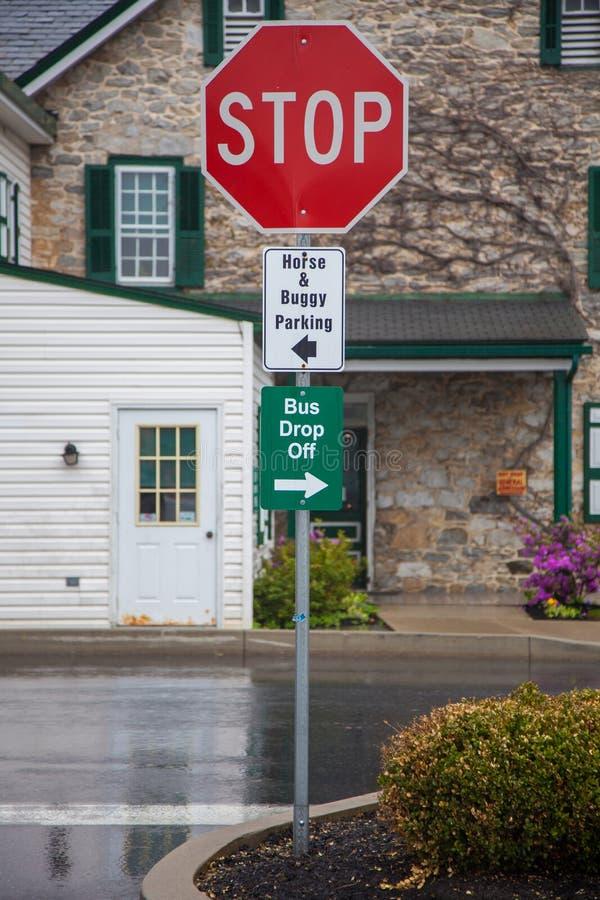Parqueando firma adentro el condado de Amish, Lancaster, PA foto de archivo