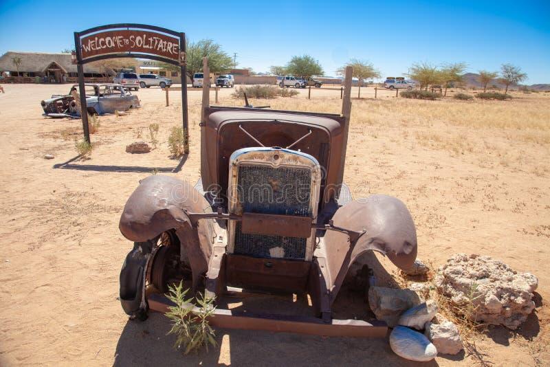 Parques nacionales de la ciudad del solitario de Namibia entre el desierto y la sabana foto de archivo