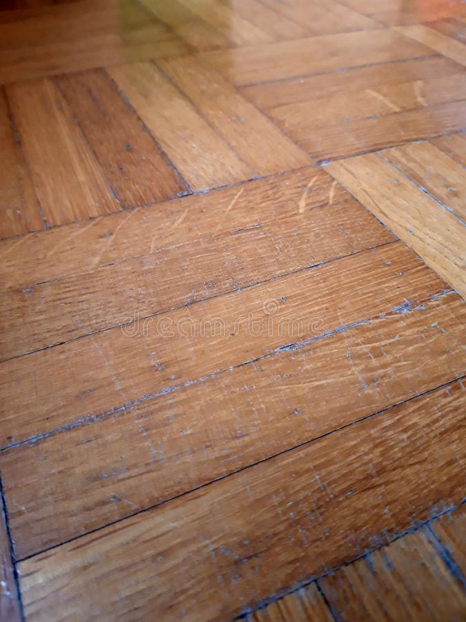 Parquet en bois l?ger Les géométries des lignes de courbes Image parfaite pour un fond photos libres de droits