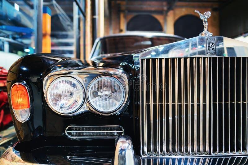 Parrilla de radiador del coche retro Rolls Royce imagenes de archivo