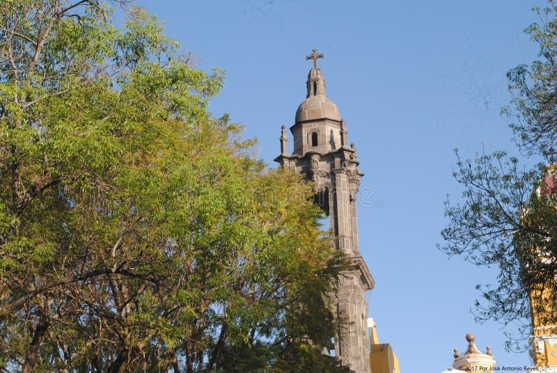 Parroquia del STOL del ³ de Santiago Apà en Puebla, México imagenes de archivo