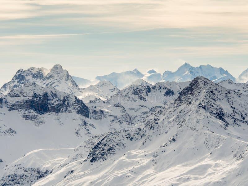 Parsenn berg runt om Davos royaltyfri fotografi