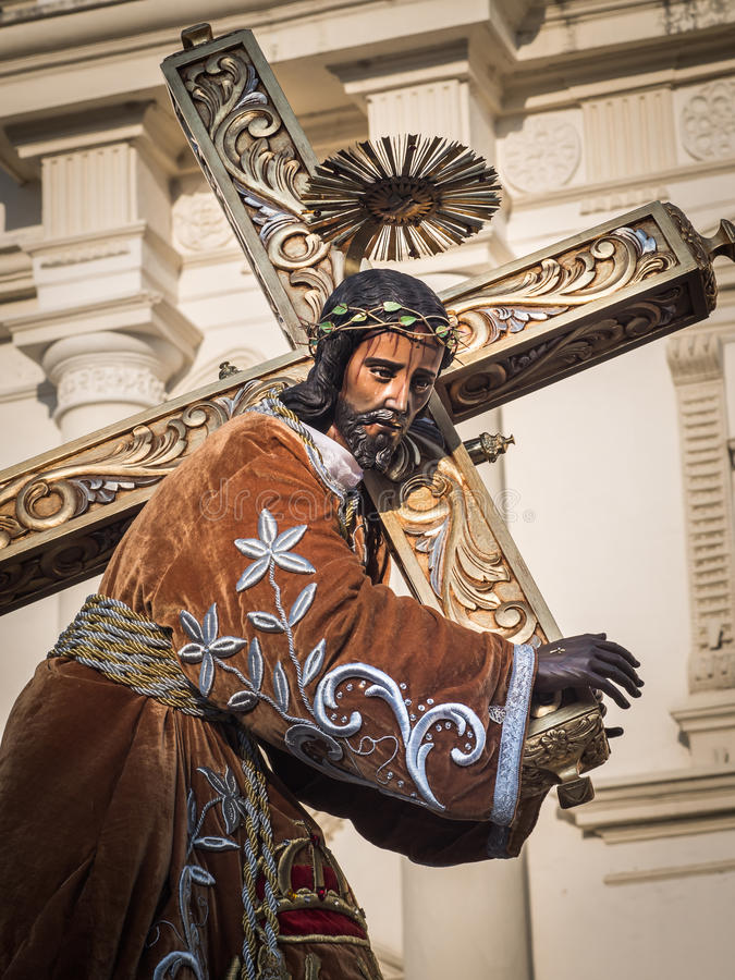 Download Statue Of Jesus Bearing Cross Editorial Stock Photo - Image of carrying, catholic: 29740333