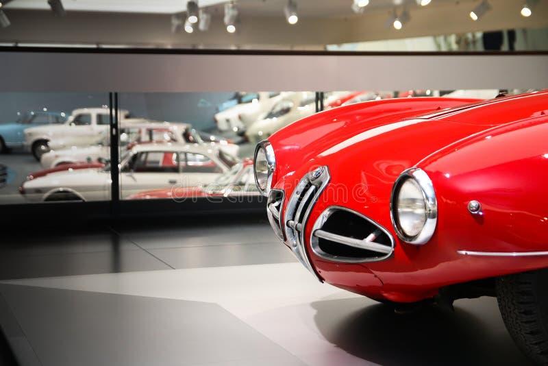 Parte anterior de um modelo magnífico de Volante do disco C52 de Alfa Romeo 1900 na exposição no museu histórico Alfa Romeo fotos de stock royalty free