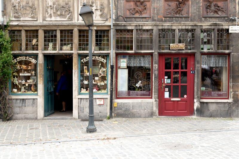 Parte anteriore d'annata del negozio fotografia stock