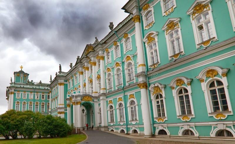 Parte anteriore del palazzo dell'inverno della Russia fotografia stock libera da diritti
